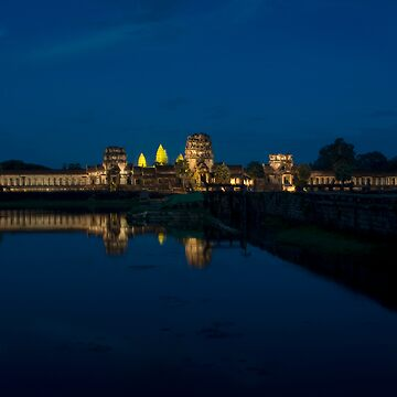Night of Angkor Wat, Cambodia by ccchan27