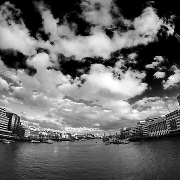 LONDON BRIDGE by 126p13