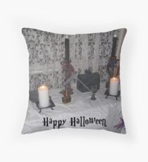 Wellcome to our home Throw Pillow
