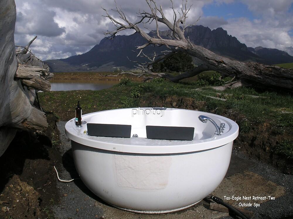 photoj Tas Eagles Nest Retreat, Outside Spa  by photoj