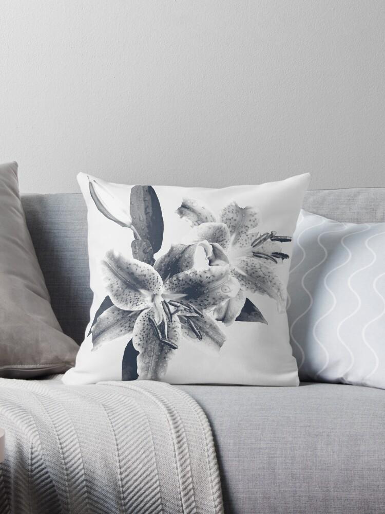 Grey flower by Olivier117