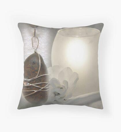 River Pebble Pendant Throw Pillow