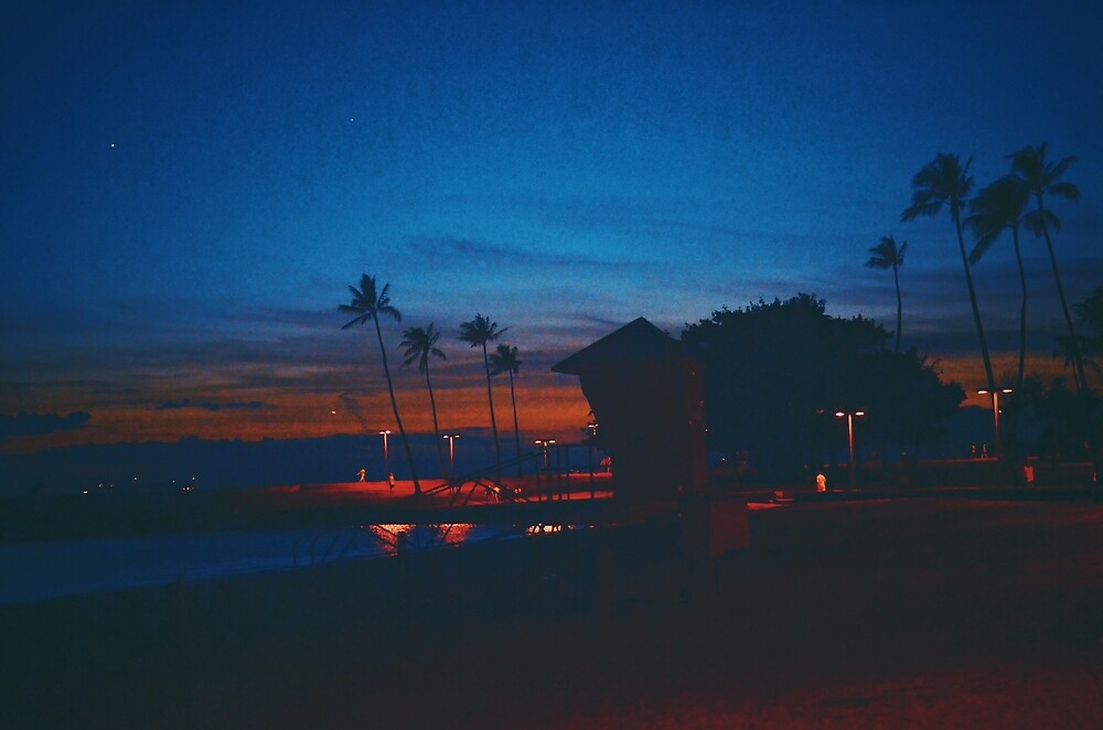Oahu Nights  by showmedarkness