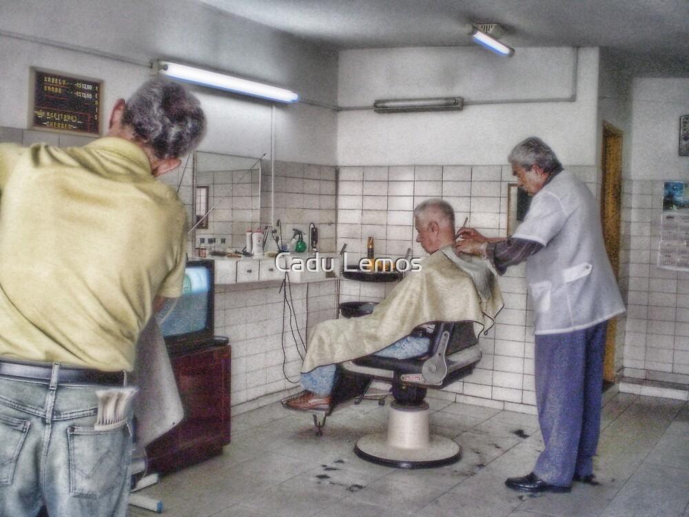 barber shop in a traditional way by Cadu Lemos
