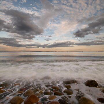 stone beach impressions by Hogne