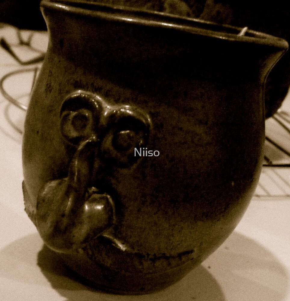 mug face by Niiso