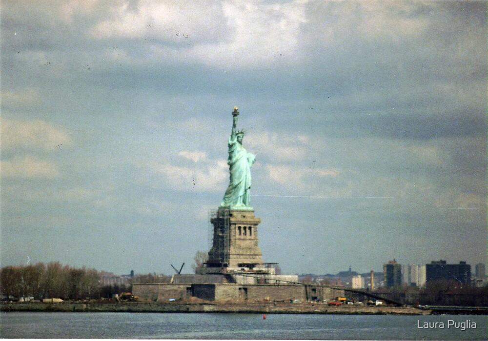 Statue of Liberty by Laura Puglia