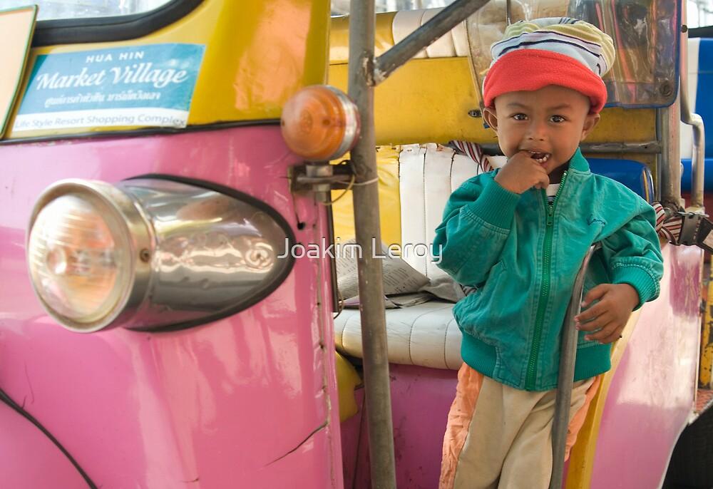 Thai child by Joakim Leroy