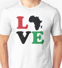 Liebe Afrika ikonische Typografie Slim Fit T-Shirt