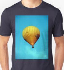 BALLOONING Unisex T-Shirt