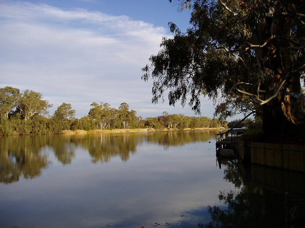 Reflections on the Murray by GailNormington
