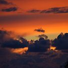 Fire in this dramatic sky by loiteke