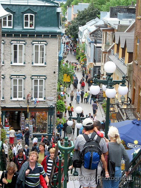 Busy street in Quebec City by Jocelyne Phillips