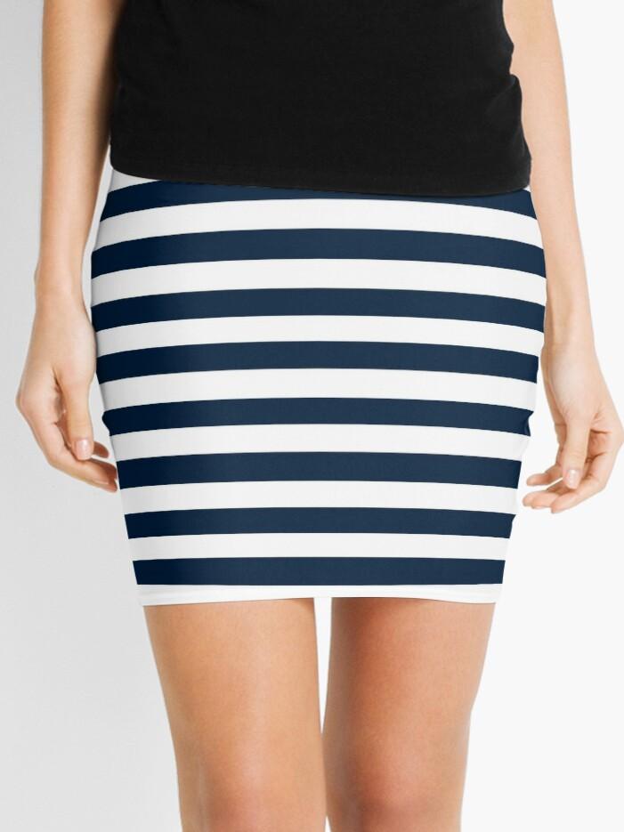 1d4c736409 Navy Blue And White Nautical Horizontal Stripes Pattern