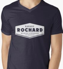 Vintage Rochard Garage white Men's V-Neck T-Shirt