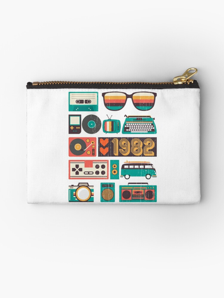 Legends Awesome are born Retro Vintage made in 1982 35th by bestdesign4u
