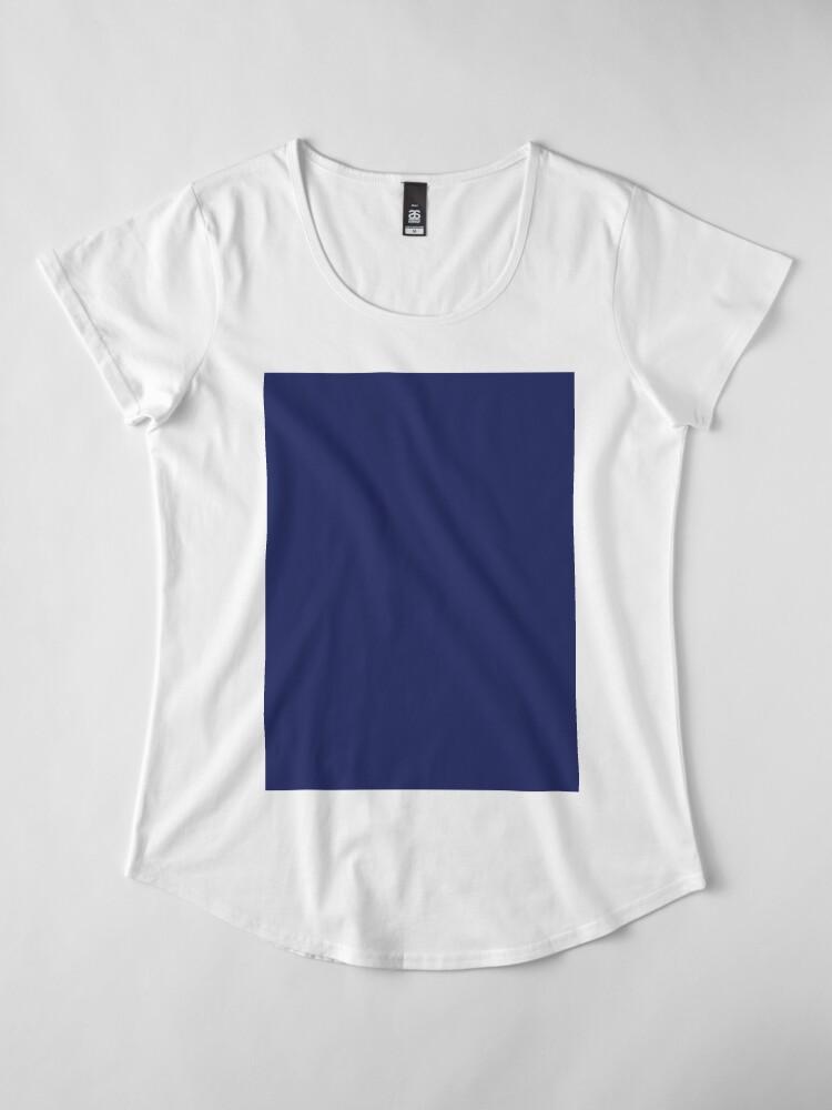 Vista alternativa de Camiseta premium de cuello ancho moderno con playas preppy náutico azul marino