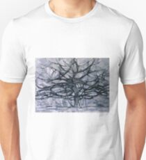 Gray Tree by Piet Mondrian, 1911  T-Shirt