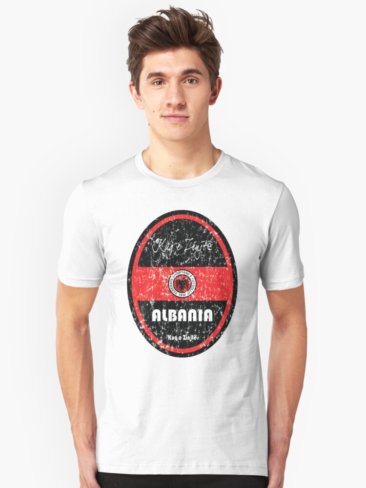 Football - Albania (Distressed) Unisex T-Shirt Front
