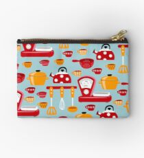 Kitchenware Studio Pouch