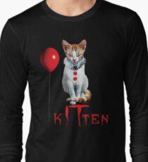 Kitten Clown Scary Fun Spooky Halloween Cat Funny Joke Design T-Shirt