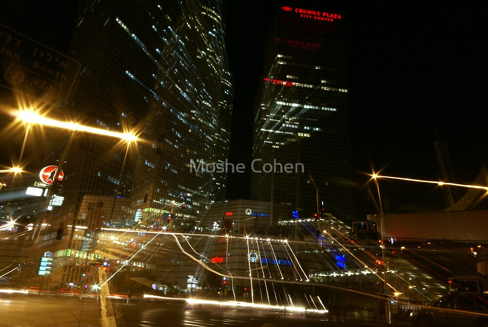 Impressions from a nonstop city by Moshe Cohen