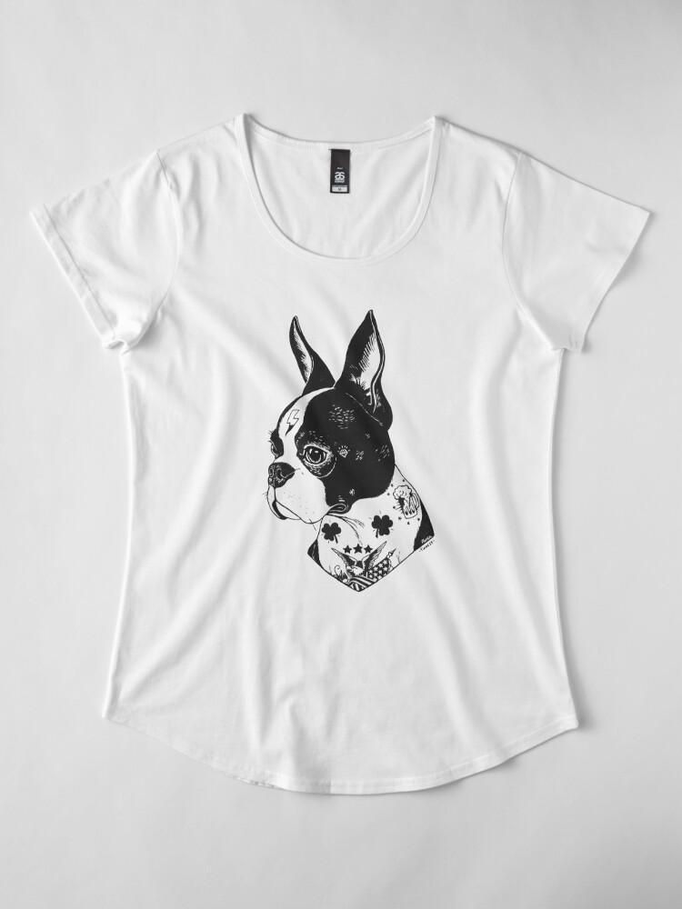Vista alternativa de Camiseta premium de cuello ancho Tatuado Boston Terrier