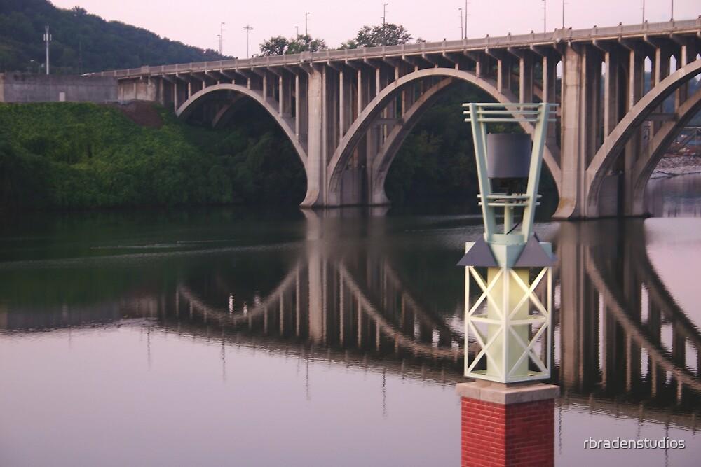Henley Street Bridge by rbradenstudios