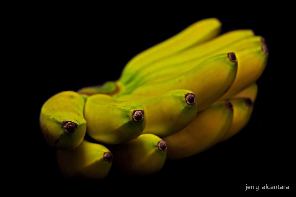 Bunch of  Banana by jerry  alcantara