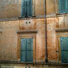 Vicolo dei Chiodaroli Louvres by hans p olsen