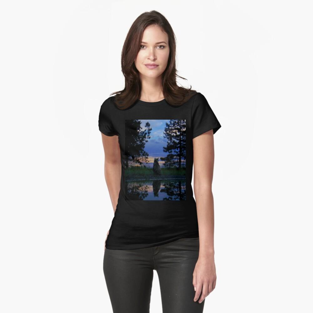 Gatos guerreros - Reflexión Camiseta entallada