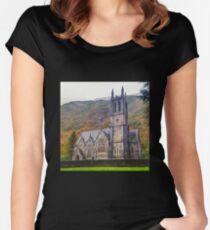 Connemara I Women's Fitted Scoop T-Shirt