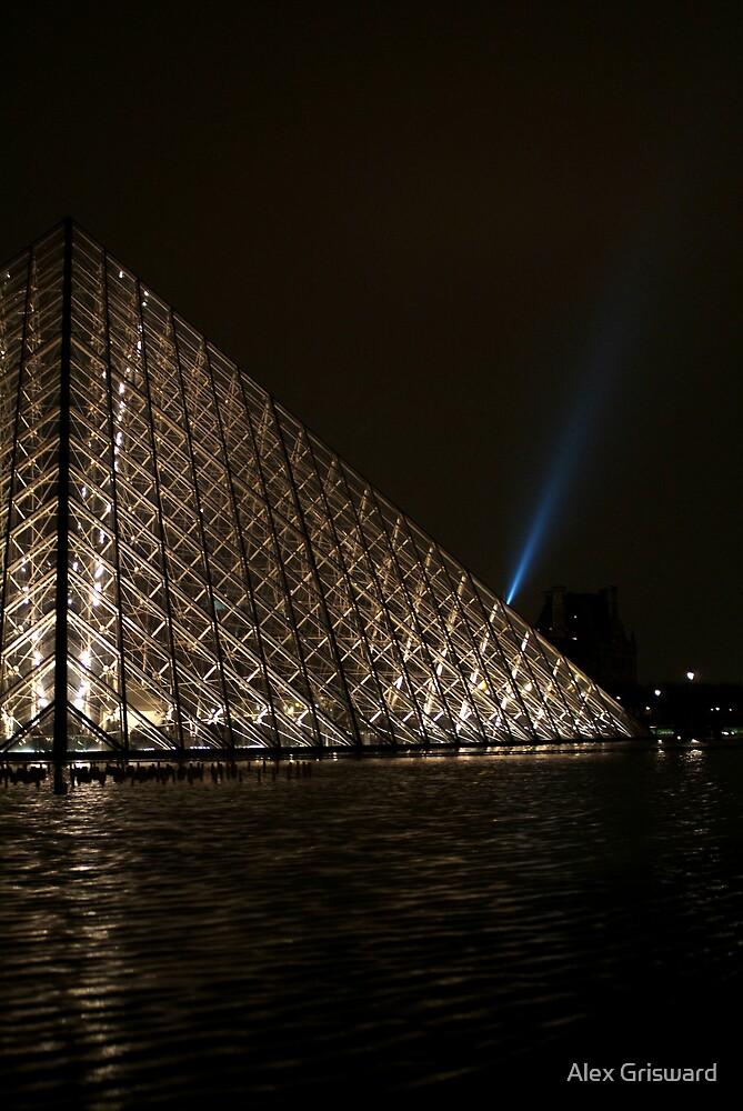 Pyramide by Alex Grisward
