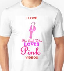 I Love The Girl Who LOVES Pink 3 T-Shirt