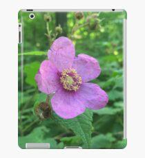Flowering Raspberry iPad Case/Skin