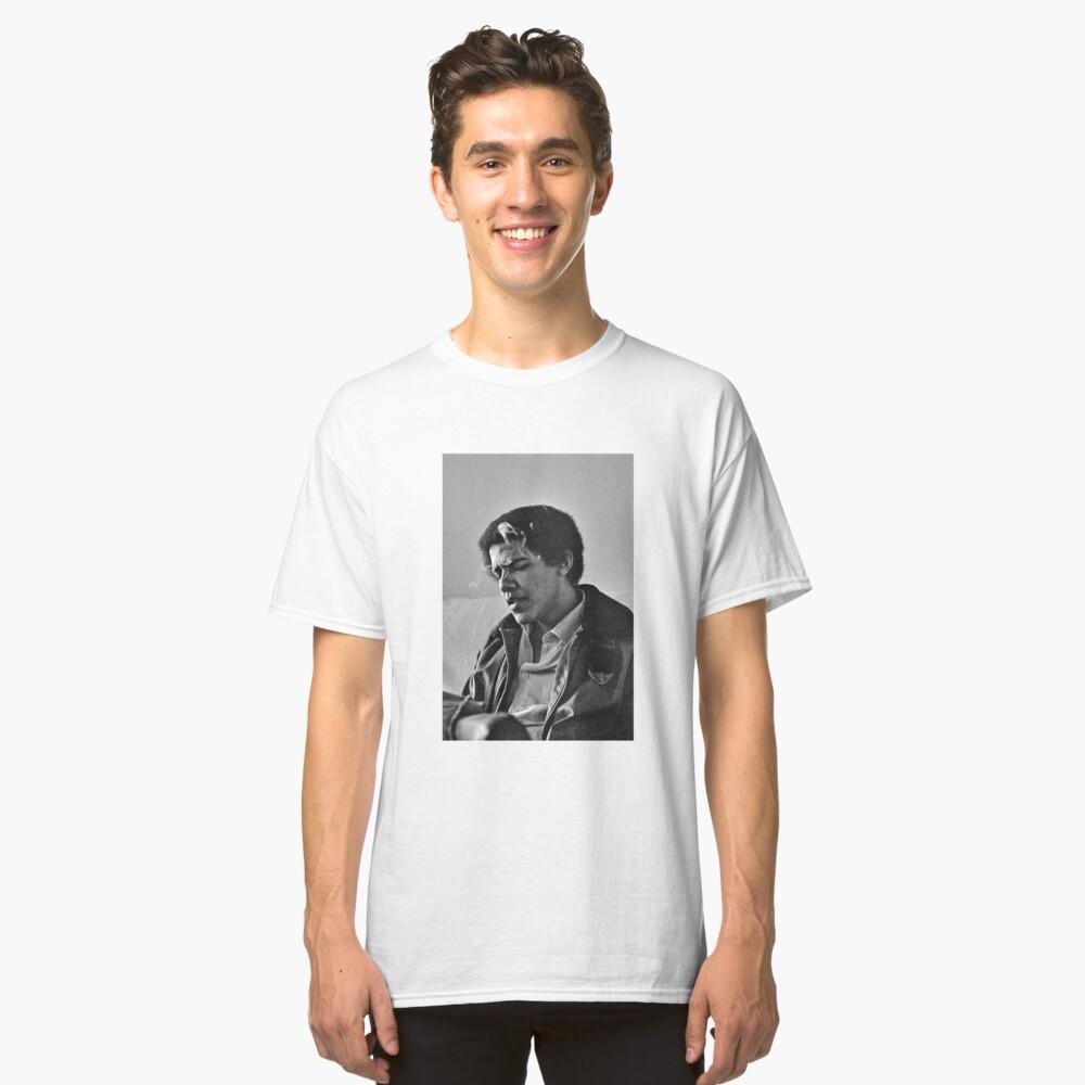 Young Barack Obama - Fumar Imprimir Camiseta clásica