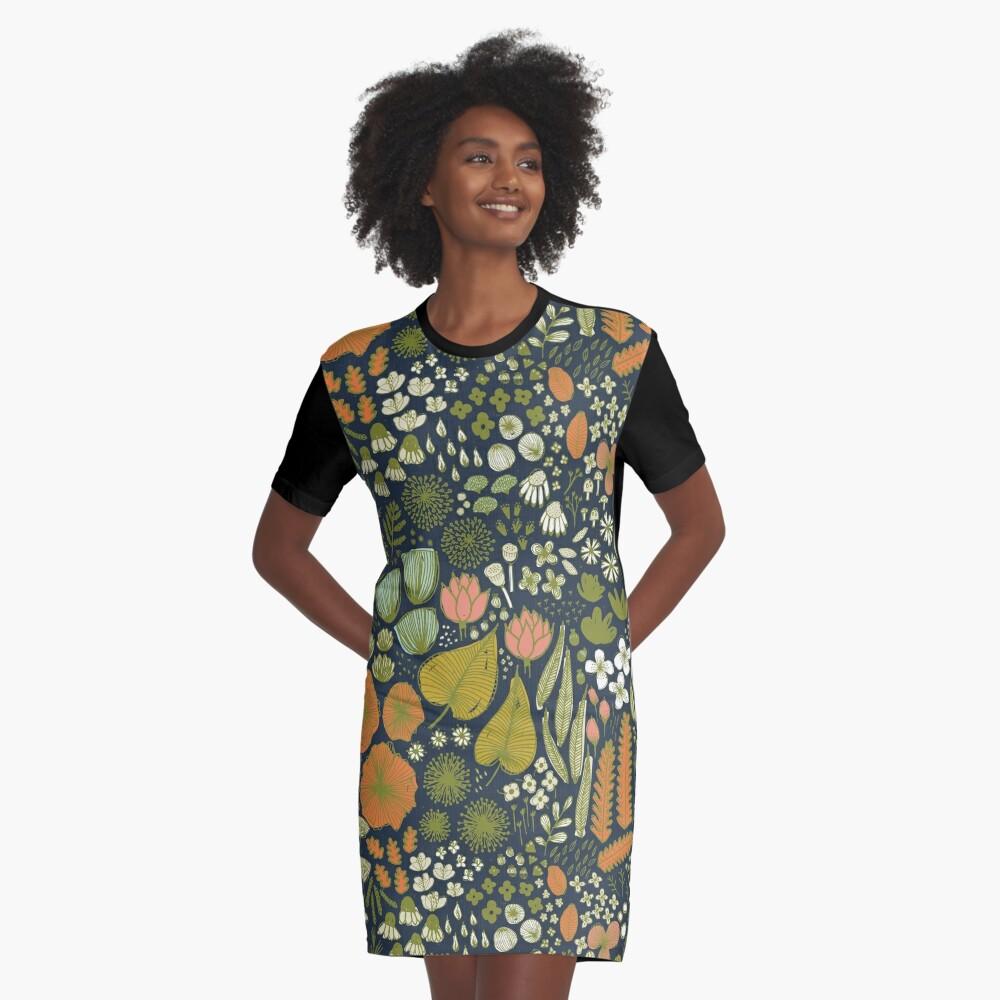 Botanisches Skizzenbuch M + M Navy von Friztin T-Shirt Kleid