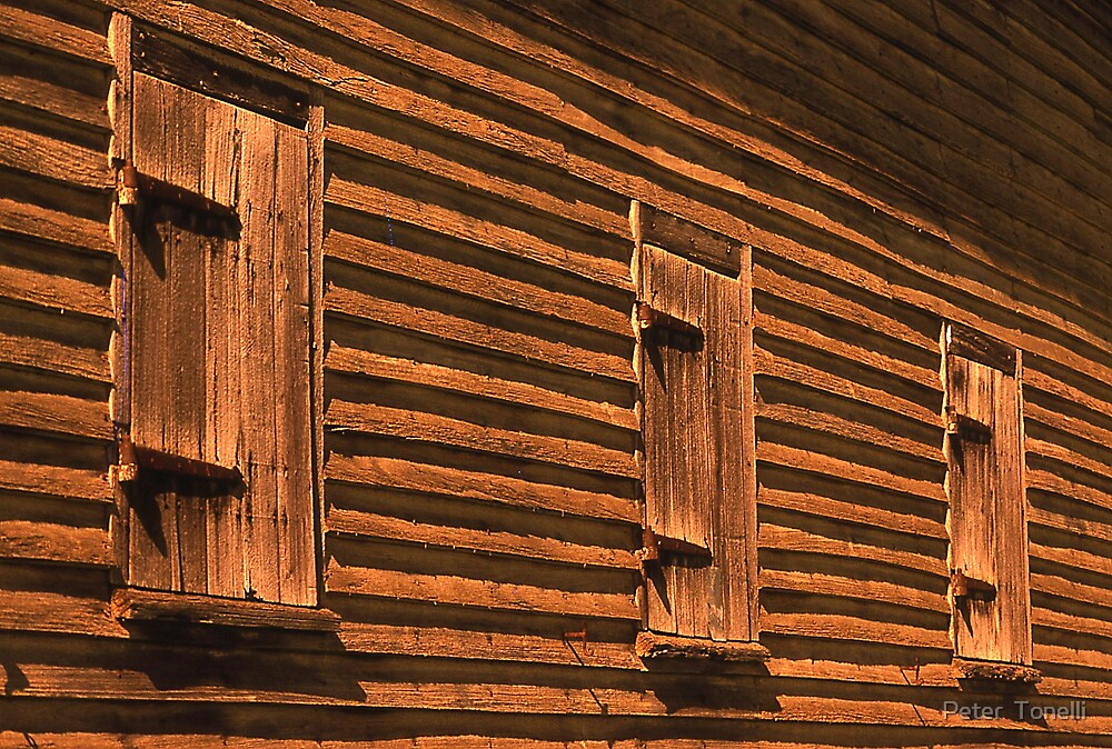 Barn windows by Peter  Tonelli