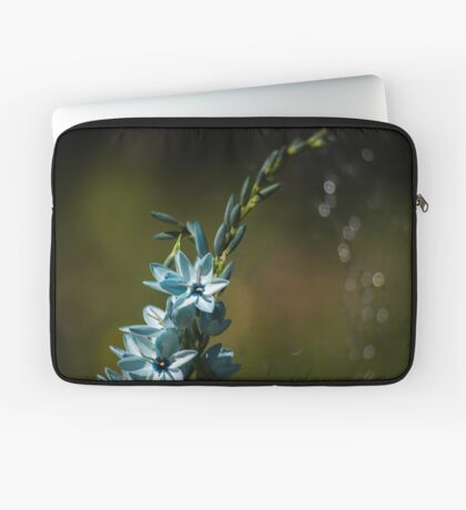 Blue Flowers really do Exist! Laptop Sleeve