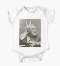 Franklin D. Roosevelt Giving the Victory Symbol Kids Clothes