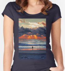Staring at the Ocean Women's Fitted Scoop T-Shirt