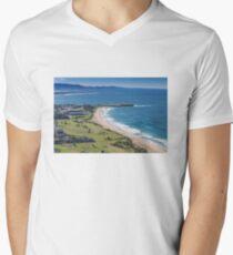 Wollongong City Beach Men's V-Neck T-Shirt