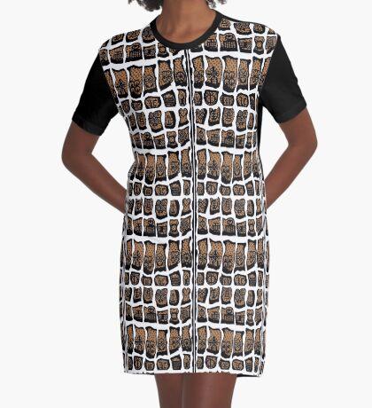 Blanc et noire Graphic T-Shirt Dress