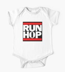 Run HIP HOP mashup - Alternative version Kids Clothes
