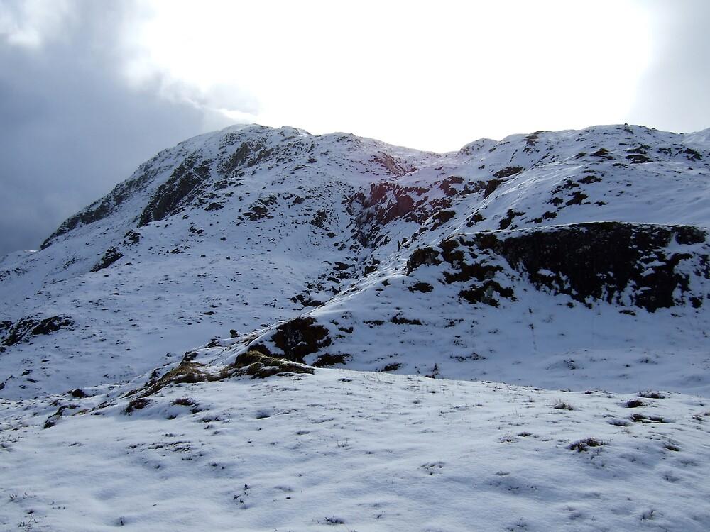 Ben Heasgannich in Winter by benmacdui