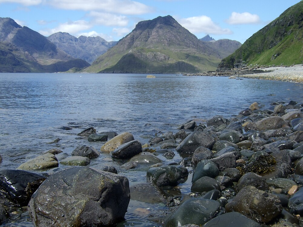 Loch Skavaig on Skye by benmacdui