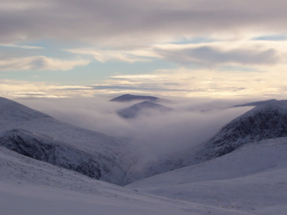 Cairngorms Winter by benmacdui