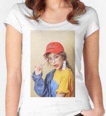 Heize Tailliertes Rundhals-Shirt
