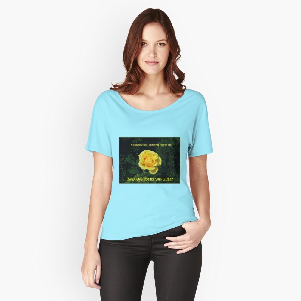 Stoppen Sie und riechen Sie die Rosen - Challenge Runner-up Banner Loose Fit T-Shirt