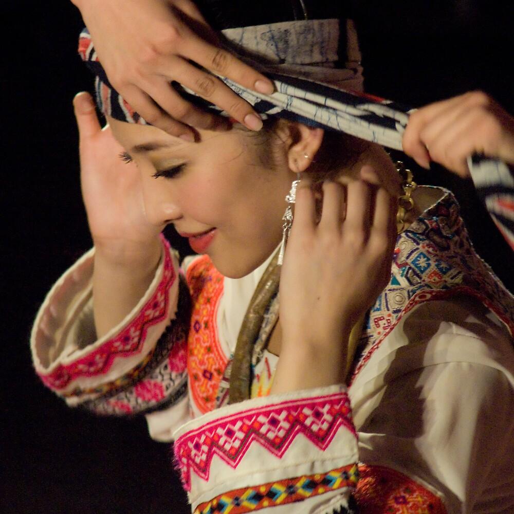 Head dress by richardseah